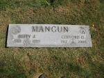Clifford Oliver and Betty DeLong Mangun Tombstone