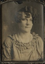 Pauline Kinsey Brown